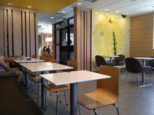 Saint-Germain Café and Gallery
