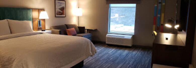 Hampton Inn & Suites by Hilton Kelowna Airport